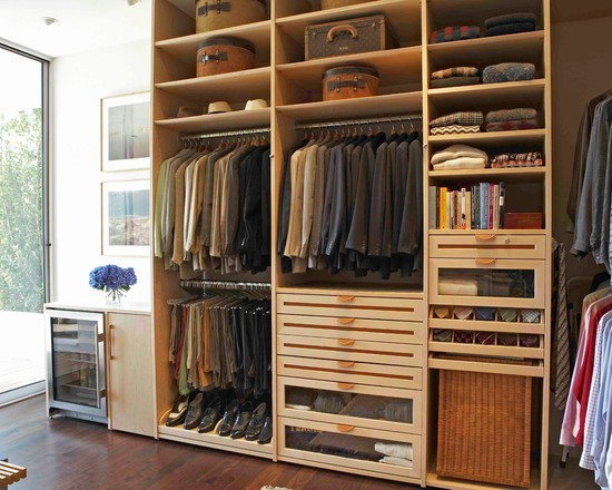 The Living Space Closet His (Los Angeles)